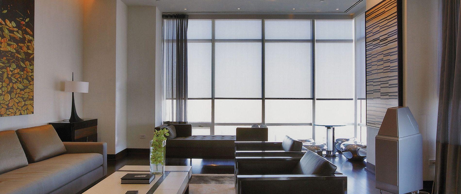 Ambiente com cortina e blackout - Portfólio